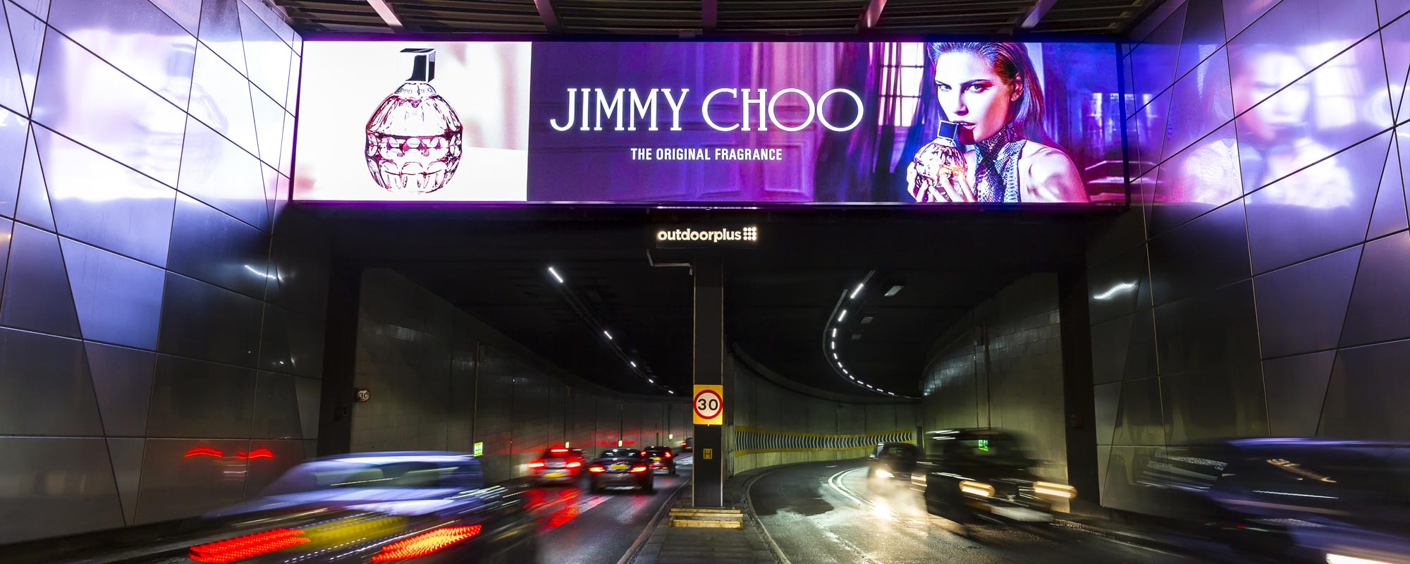 Outdoor Plus Illuminates the Journey from Fortnums to Harrods