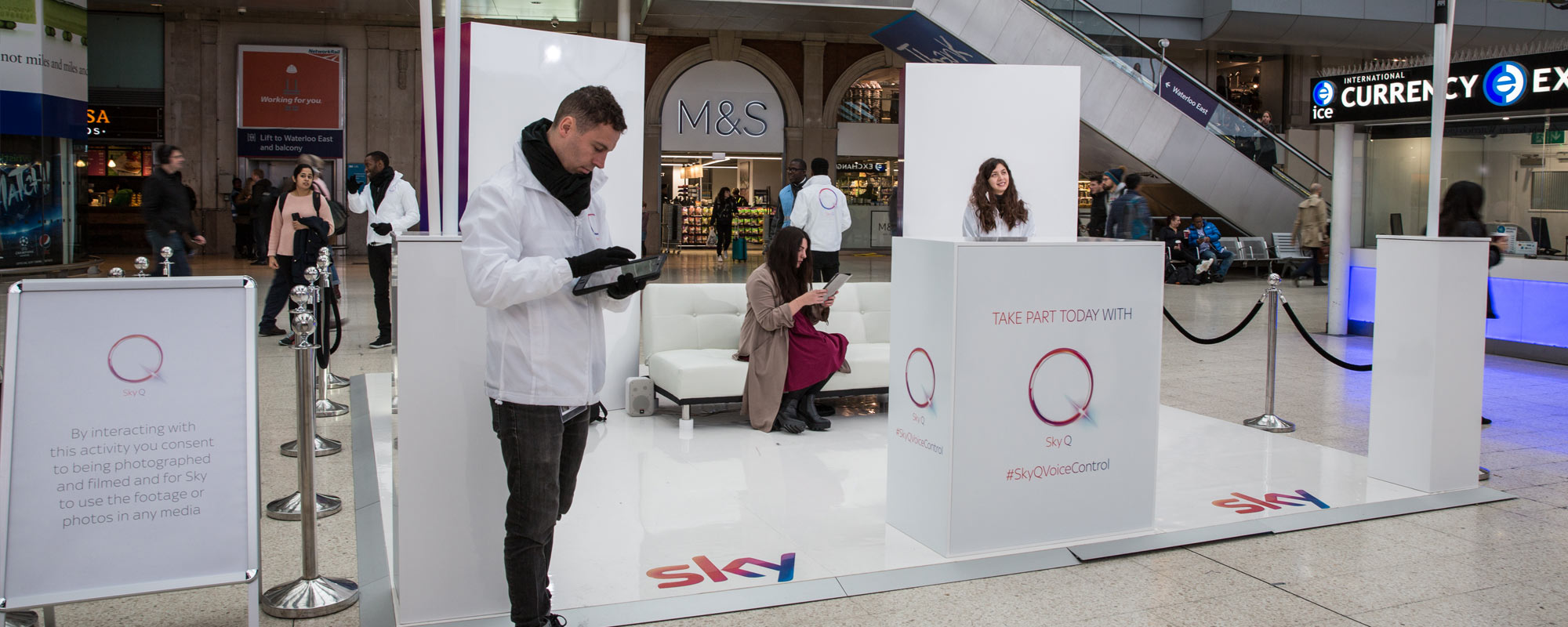 London Waterloo Welcomes #SkyQVoiceControl with Augmented Reality Stunt